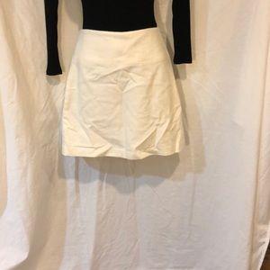 Ladies/Juniors size 6 skirt by banana republic